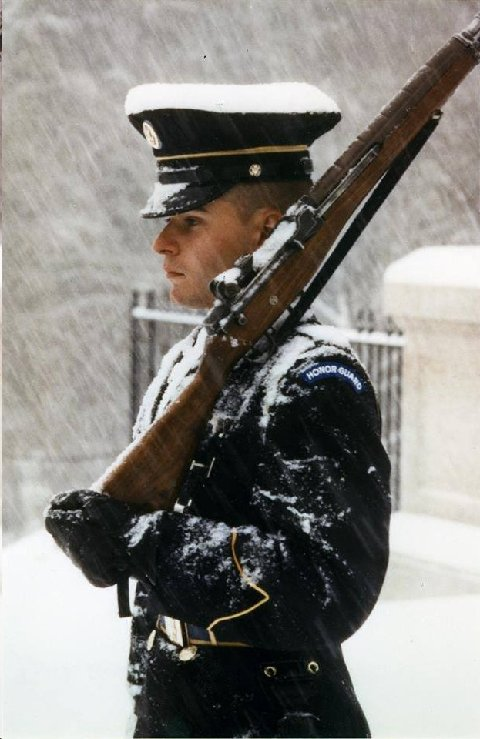FEB 2014 TOMB OF THE UNKNOWNS HONOR GUARD